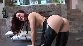 Hot Tight Pussy Sexy Lesbians in Leather and Hot Lingerie