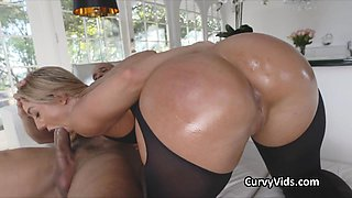 Oiled phat white booty fucked from behind