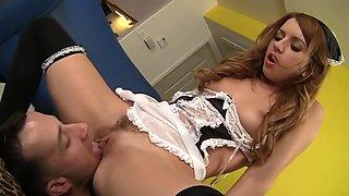Pornstar exotique Lexi Belle dans une incroyable petite poitrine, scène de sexe de pipe