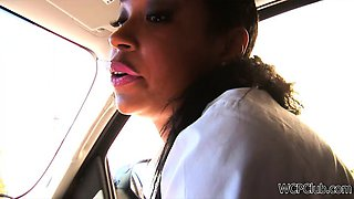 Street hooker sucking cock in the car