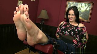 Tickle sexy hot feet with Beauty