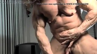 Female bodybuilder with huge clit