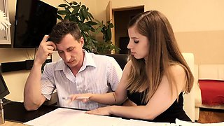 Gorgeous Vanda Angel gets nailed in the office
