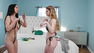 Jade Baker & Bunny Colby stripping and eating each other's pussy