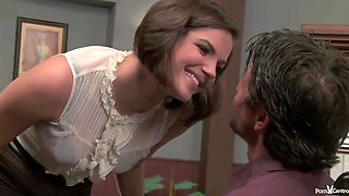Seductive office lady, Bobbi Starr gave a head to her boss, before fucking him in his office