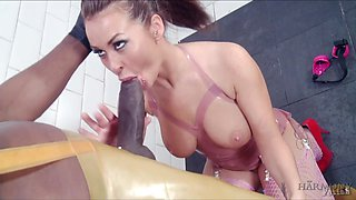 Submissive hooker Amanda Rendall is fucked by aggressive black dud