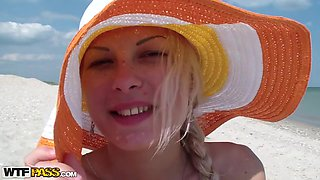 Adele in beach video with a blonde amateur girl giving bj