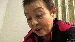 Sexy Asian Granny Ogasahara Sachiko fucked hard