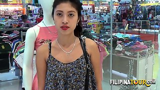 Hottie girl from Filipina gets impaled