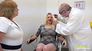 Nasty clinic nurse pussy licking and hard doctor toysex action
