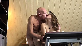 Teen School Girl Deepthroat Blowjob 69 Sex Old Teacher