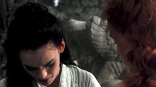 Winona Ryder, Sadie Frost - ''Bram Stoker's Dracula''