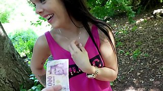 Cameraguy brings the girl to a forest and gives her money for sex
