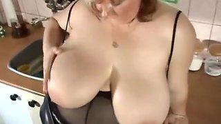 moms monster tits