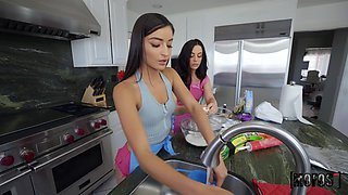 Quickie theesome in the kitchen with horny Whitney and Emily Willis