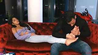 Sophia Leone - Getting to know your neighbor