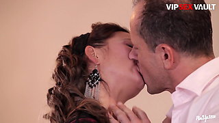 VipSexVault -Classy Lady Bella Baby Got Fucked Hard By Hubby