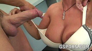 Busty secretary wants to fuck with the postman