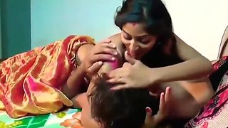 Desi Video Sex Xxx - Bhabhi New Video romance Hot Sexy With Devar(480p)