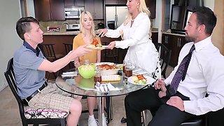 Kenna James, Kylie Kingston Step Family Dinner