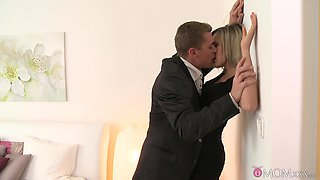 Excellent bedroom missionary for a skinny blonde with tiny tits