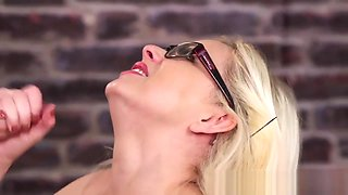British MILF sucks for facial at her office