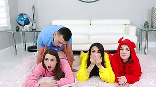Lucky youngster manages to fuck stepsister and her besties