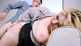 Blonde wants to taste cum and stepson with big cock helps her