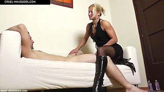 Mistress zita plays