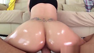 Pretty babe cockriding in POV after teasing