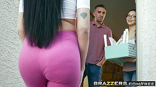 Brazzers - Real Wife Stories -  Welcum Wagon scene starring Raven Bay and Keiran Lee