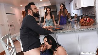 REALITYKINGS Sneaky Handjob Affair - Mona Azar on PornHD