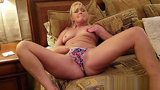 Mommy Plays With Herself The Has Pee Pee Play Time