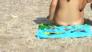 Amateur Nudist Voyeur Beach - Mature Close Up Pussy