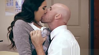 Brazzers - Big Tits at School - No Bubblecum In The Classro