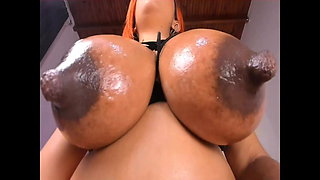 Bhiankhanew big nipples