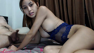 Amateur Asian College Teen Gives Blowjob