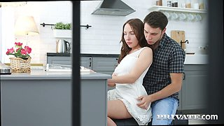 Natural lovely Russian girlfriend Linda Weasley gets fucked from behind