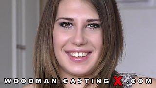 Aida Swinger - Hot Curvy Babe Porn Casting