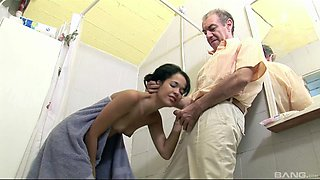 Elderly fellow wants to lick a stunning skinny babe's cunt