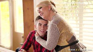 Hot Busty Aunt Seduces Her Young Cousin In The Kitchen - Jordi El Nino Polla And Ariella Ferrera