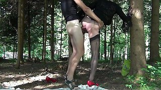 Horny transvestite love to suck cock outdoors ob the woods