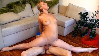 curvy flexible sex gymnastic