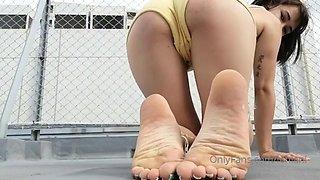 Kala Lehlani soles, toes and ass