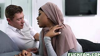 Pleasuring My Stepsister Milu Blaze In Her Hijab