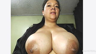 Cute wife shows her big boobs and nice nipples