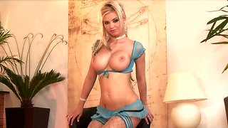 Stunning blonde solo cougar plays with perfect boobs and pussy