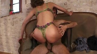 French non-professional anal mommy
