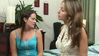 Elexis Monroe eats pussy of hot Natilia on the day of the wedding