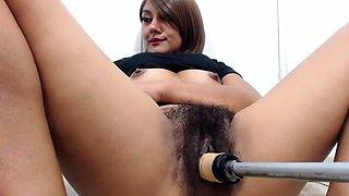 Brunette hairy pussy hoe rides sybian in hot solo in hd